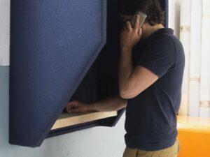 Akoestische telefooncel